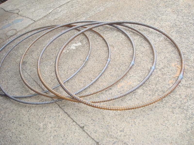環状型フープ筋
